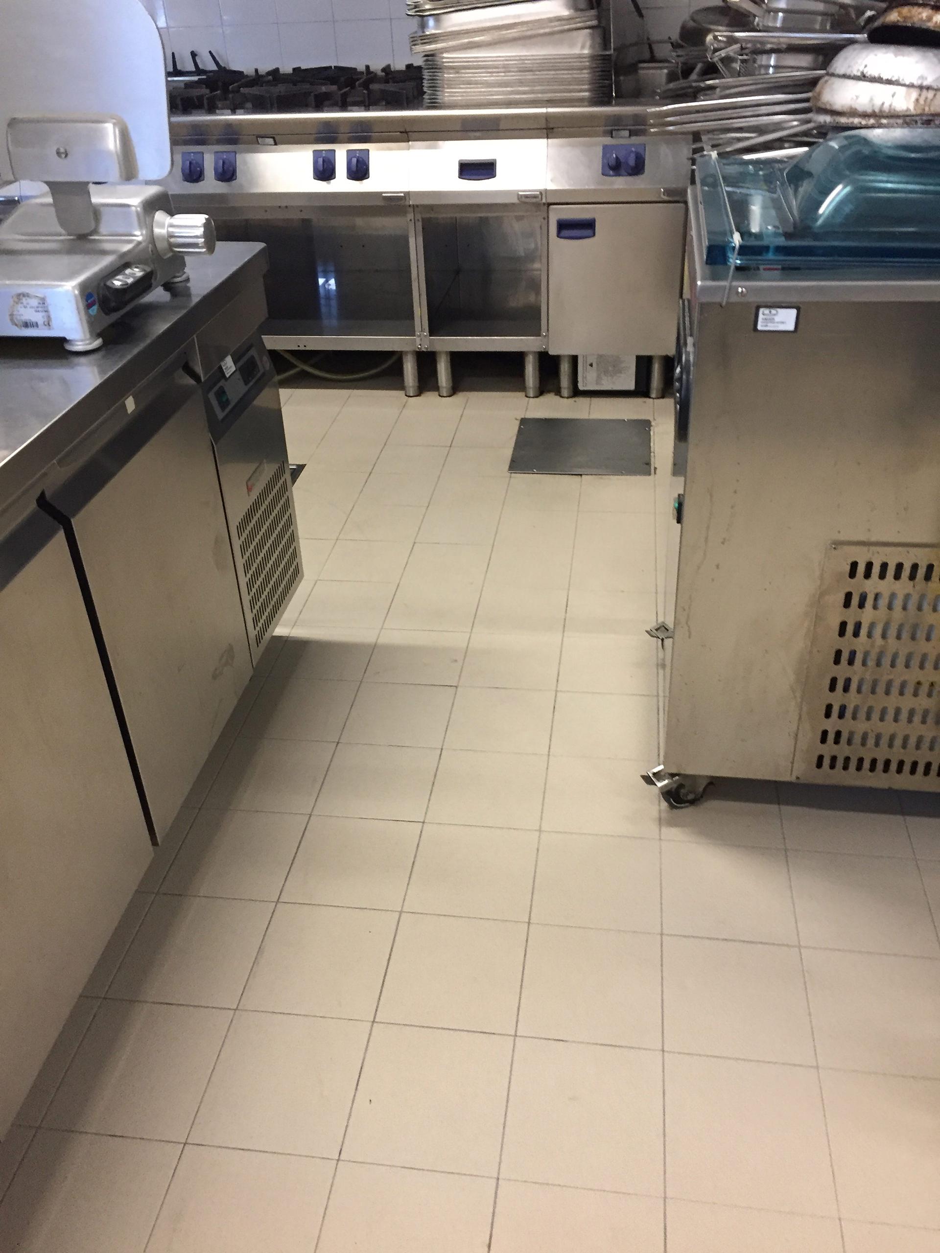pulizia cucina professionale