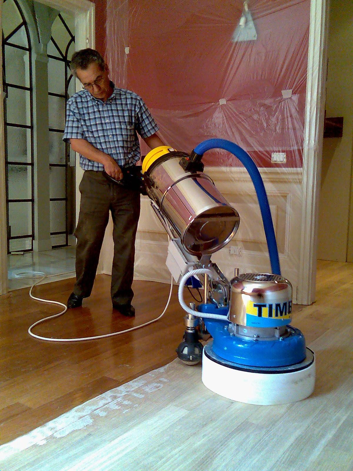 levigatura parquet con sistema timba anti polvere